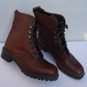 SIZE 7.EDDIE BAUER BURGUNDY LEATHER ANKLE BOOTS.